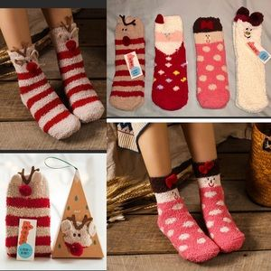 Accessories - 🎅🎁🆕Christmas Cozy Socks in Ornament Box🎄GIFT